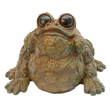 Ugly garden frog ornament